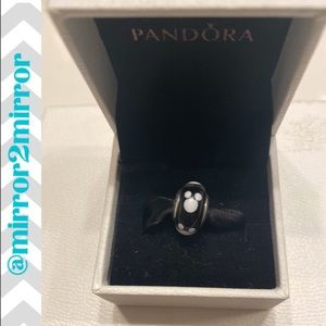 🎄Authentic Pandora Mickey Mouse Murano charm